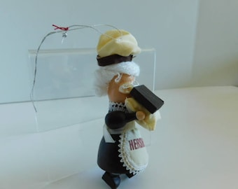 Hershey's Collector Series Ornament / Kurt S Adler, Vintage Hersheys Christmas Ornament, Lady carrying candy, Hershey Collectible Ornament