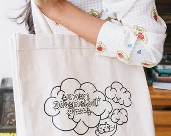 Dreamin tote bag