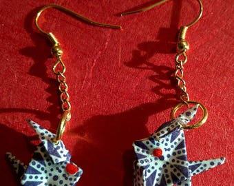 """""""Fish"""" - (P_004) Gold hook earrings"""