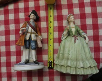 Pair of colonial Andrea by Sadek Figurines