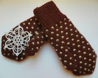 Thrummed mittens Knit mittens Adult thrummed mittens Wool mittens Wool roving White roving Winter mittens Knitted mittens Snow mittens