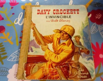 Vintage 1961 book. Davy crockett invisible. Walt Disney