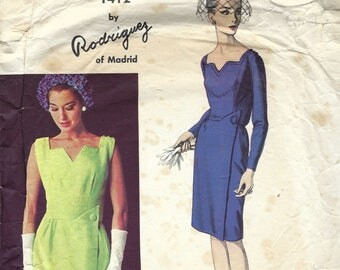 1960s Vintage VOGUE Sewing Pattern B36 DRESS (1833) By Pedro RODGIGUEZ 1412