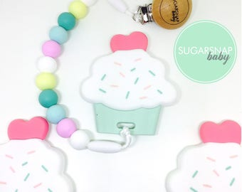 Adorable Cupcake Silicone Teether - baby - toddlers - newborn - gift for baby - silicone beads - soother  - little girls - kids toy