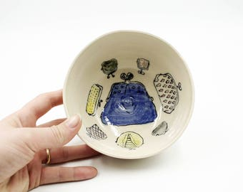 Illustrated Stoneware Small Bowl, Birthday Gift for Her, Ring Dish, Trinket Dish, Jewellery Dish, Gift for Mom, Gift for Her