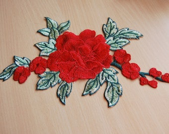 Applique sewing chest 18cmx25cm red flower