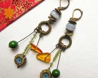 Earrings Emerald honey and chalcedony