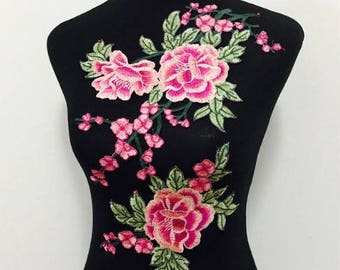 1pairs(2pcs/set)  Rose Flower Embroidery Patches for Clothing Applique Embroidery Flower Patches  no.6--pink