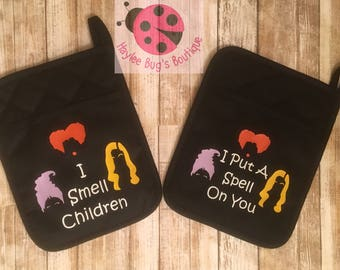 Hocus Pocus Pot Holders - Sanderson Sisters - Witches - Kitchen Decor - Halloween