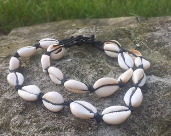 Corwie sea shell chocker and bracelet