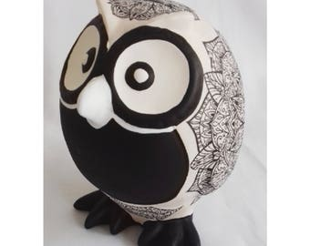 Owl Piggy Bank, Black and white owl,  Owl Piggy Bank, Hand Made, Hand Craft, Hand Painted, Personalized Piggy Bank, Decoupage, Vintage