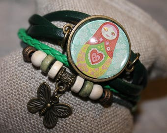 "Green bracelet with cabochon ""Nesting Doll"""
