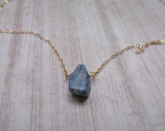 Raw Crystal necklace, raw kyanite , raw kyanite  crystal, raw gemstone, minimalist necklace, dainty necklace, gift for her, healing crystals