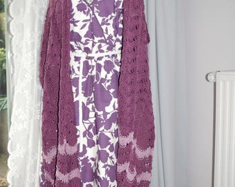 Purple cotton shawl in wavy pattern