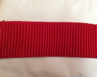 Red pleated Ribbon of approx 4.5 cm