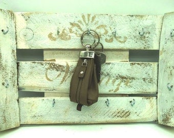 Key board, key shelf, wall, tapestry, key, keyboard, key board, wall Hanger, Apple crate, wood decoration, wooden board, keys