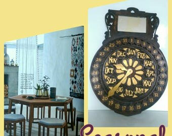 Arts and Crafts Perpetual Calendar in the form of a Flower Clock