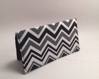 Black and White chevron check bookcover, fabric checkbook, gift, Duplicate Checkbook Cover, checkbook holder,  L Miller Creations