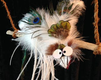 CLEARANCE - Feathers with wacky bird Mobile