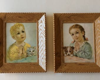 Vintage Plastic Frame Little Children Praying with their Cat and Dog Florence Picture