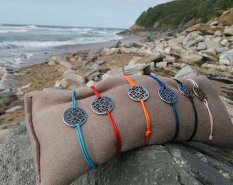 basque cross carved titanium bracelet