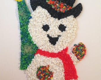 """Snowman Popcorn Wall Decor Melted Plastic White Red Green 18"""" Tall"""