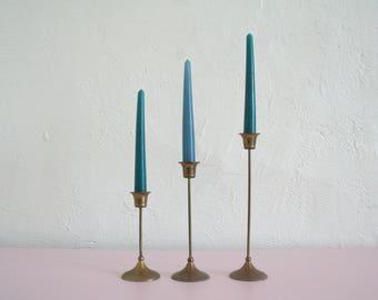 Set of Three Vintage Brass Candlesticks / Brass Candle Holders / Minimalist Candlesticks / Brass Tulip Candlesticks / Wedding Decor