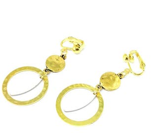 """Trendy and chic """"gold/white"""" sequin clip earrings"""""""