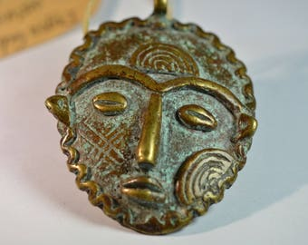 Rare genuine vintage African Dogon Bronze Mask Gold Weight pendant - Dogon Tribe - Mali - unique artwork from old collection - 60.3 g
