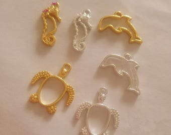 20Pcs Little Turtle Dolphin Seahorse Metal Frame Charm Pendant Gold Ocean Charms Bezel Setting Cabochon Setting UV Resin Charms Jewelry