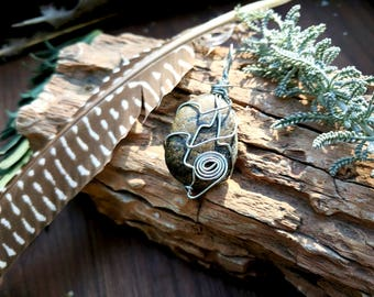 Wrapped River Stone Necklace: Brown River Stone gemstone pendant necklace // bohemian // boho chic