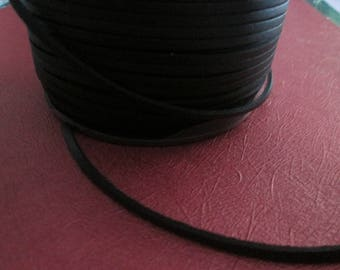 a meter of 3 mm black suede leather cord