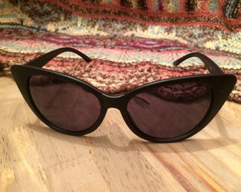 Black Cat Eye Sunglasses Vintage Sunglasses 50s Sunglasses Cats Eye Sunglasses Retro Sunglasses Hippie Sunglasses Beach Sunglasses 1950s