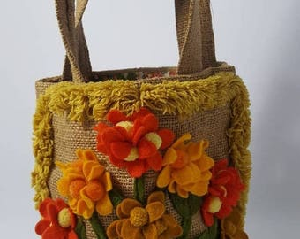 SUMMER CLEARANCE 1960's - 1970's Hand Cut Felt Flowers Summer Bag with Calico Lining