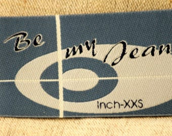 Fusible badge, ref 109 Applique iron-on or sew 8 .5x 5cm