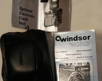 Vintage Windsor WX 35 MM Camera w/ Case in Original Box