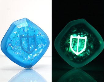 FFXIV Glow in the Dark Soul Crystal/PAL Job Stone Final Fantasy XIV Soul of the Paladin Keychain/Necklace FF14