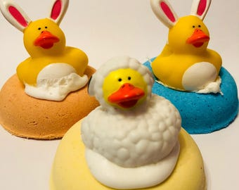 Easter bath bombs/ duck bath bomb/ spring/ bath bombs/ toy bath bombs/ toys/ kids bath bombs/ bath bomb toys/ kids/ gifts for kids/ easter