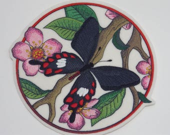 Butterfly Iron-on Patch Embroidered Patch Sew-On Patch  Common Rose Circle patch