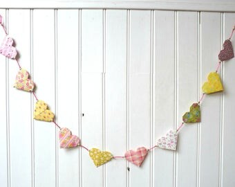 "Origami Garland - colorful hearts in predominantly pink and yellow - collection ""I dare pink"""