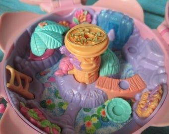 1996 Fountain Fantasy Flower Polly Pocket