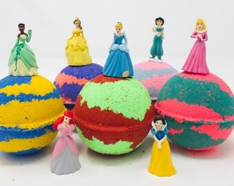 Sale! 5 7.0 oz Disney Princess Inspired Bath Bomb Birthday Favor Sets Party Favor With Toy Figures Inside