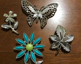 4 Costume Jewelry Pins/Brooches