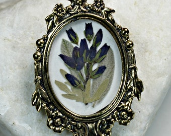 Antique Gold Framed Dried Flower Brooch / Pin