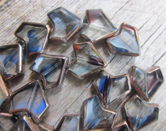 Heart beads // Glass beads // pointed heart beads