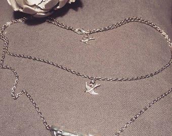REF0039 - pretty bird silver charms necklace
