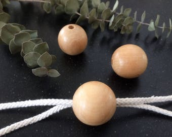 Blanc wooden (macrame) beads ø 3 cm with hole ø 0,5 cm