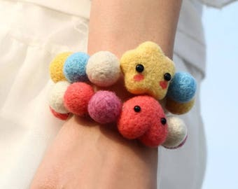 Handmade Needle Felted Heart Shaped or Star Shaped Bracelet, Wool Felted balls stretchable Bracelets, Needle Felted Jewellery accessories.