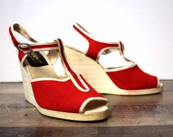 platform sandals, red and white, vintage / WHIP/made in Italy/new/heel tops/size 37/1970's