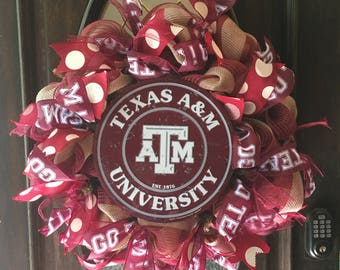 CUSTOM College Wreath, Texas A&M Wreath, Aggies Wreath, Whoop, Decomesh Wreath, Deco Mesh, Football, Burlap, Mesh